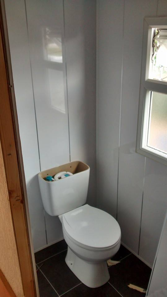 replacement toilet in static caravan