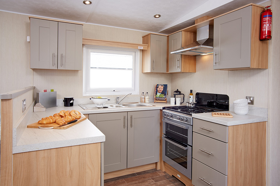 arronbrook clipper caravan kitchen